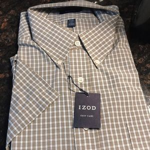 Izod new short sleeve button down.        2